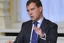Prezidentský režim v Rusku významně posílí, neboť zvolený šéf země bude v Kremlu nejméně šest let. Rozhodla o tom Duma.