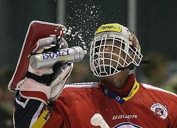 Dominik Hašek nastoupil za Pardubice ve Vrchlabí.