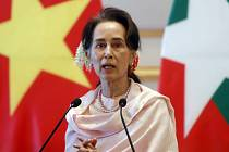 Svržená šefka barmské vlády Do Aun Schan Su Ťij.