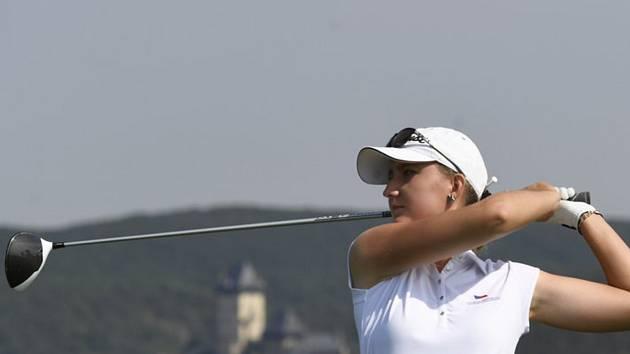 Česká golfistka Patricie Macková na turnaji Tipsport Czech Ladies Open.