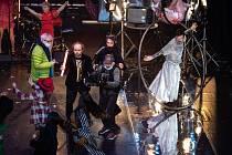 Páteční večer patří Cirku La Putyka a jejich Late Night Show.
