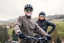 Mezi hlavní zdravotní výhody jízdy na kole patří její nízká náročnost.