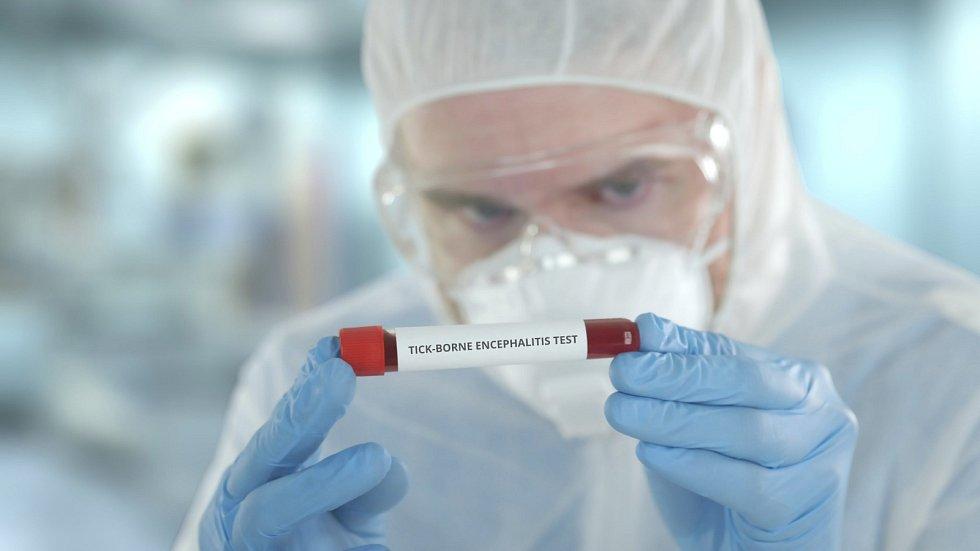 Účinnost vakcíny dosahuje až 99 procent.