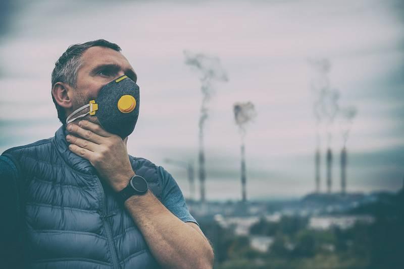 Filtrační polomasky jsou určeny k ochraně jejich nositele, ne však jeho okolí. Mohou, ale nemusí být opatřeny výdechovým ventilem.