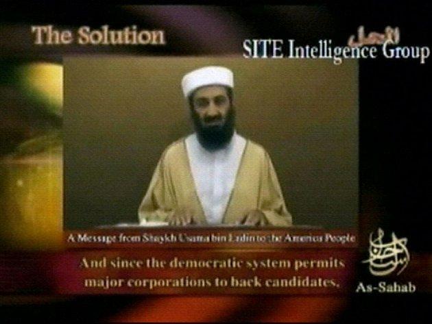 Usáma bin Ládin na posledním zvěřejněném videozáznamu.