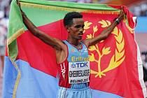 Nečekaný mistrem světa v maratonu se stal Ghirmay Ghebreslassie.