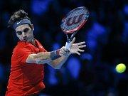 Roger Federer na tréninku před finále Davis Cupu proti Francii.
