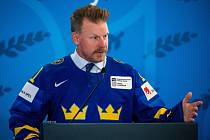 Daniel Alfredsson během uvedení do síně slávy Mezinárodní hokejové federace