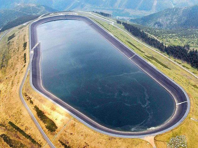 V rámci týdne vědy a techniky mohou lidé navštívit i i některé vodní díla – například elektrárnu Dlouhé Stráně.