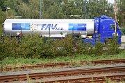 Cisterna firmy FAU v chemičce Precheza