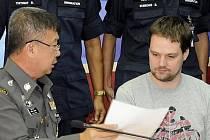 Švédský spoluzakladatel portálu pro bezplatné sdílení souborů Pirate Bay Hans Fredrik Lennart Neij, jehož zatkla thajská policie, bude do měsíce vydán do Švédska, kde si má odpykat uložený trest.
