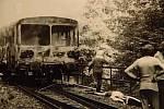 Osobní motorový vlak po srážce
