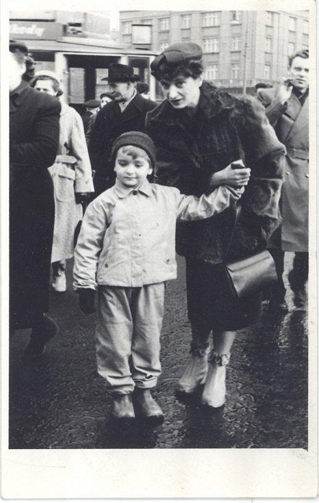 Jan Burian s maminkou