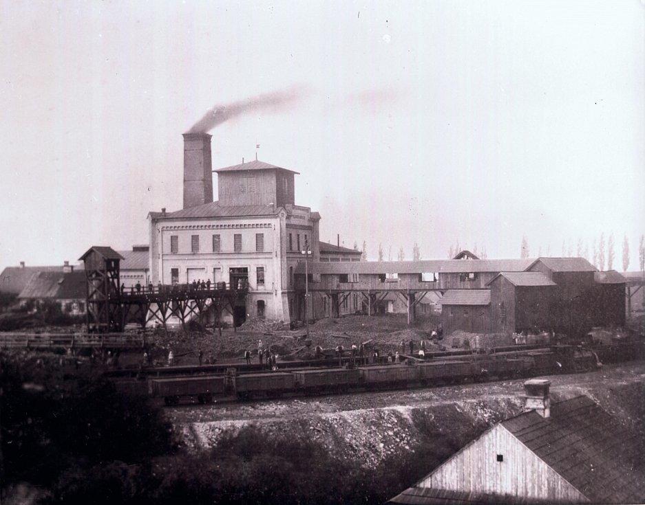 Důl založil v roce 1856 Jindřich Larisch-Mönnich