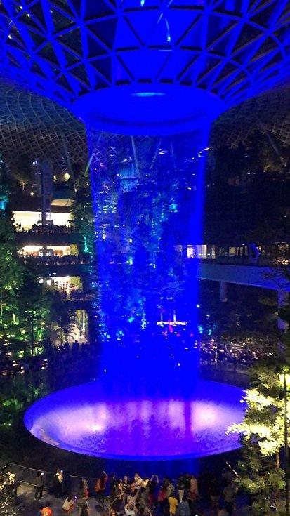 Relaxační centrum Jewel na letišti Changi Airport v Singapuru
