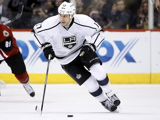 Milan Lucic v dresu Los Angeles Kings