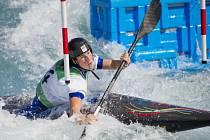 Kateřina Kudějová testuje olympijský kanál v Riu.