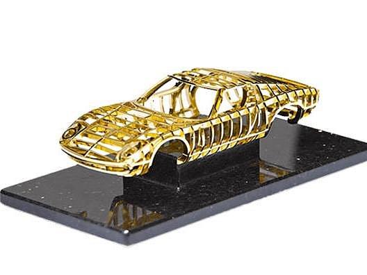 Zlaté Lamborghini Muira