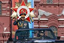 Ministr obrany Sergej Šojgu vyznamenal stavitele trati na jih Ruska.