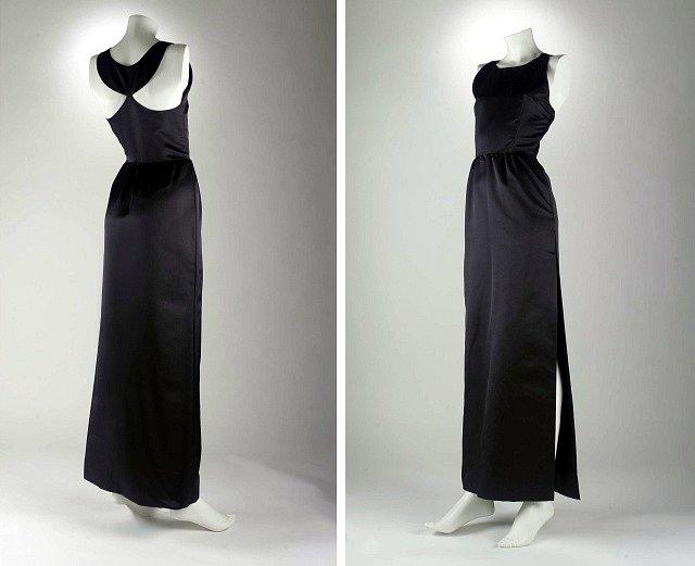 Černé šaty známé z filmu Snídaně u Tiffanyho