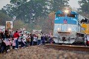 Vlak s rakví George Bushe staršího