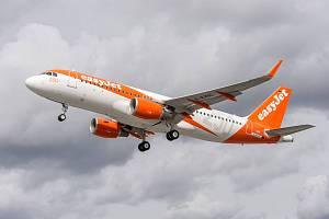 Letoun Airbus společnosti EasyJet - ilustrační foto