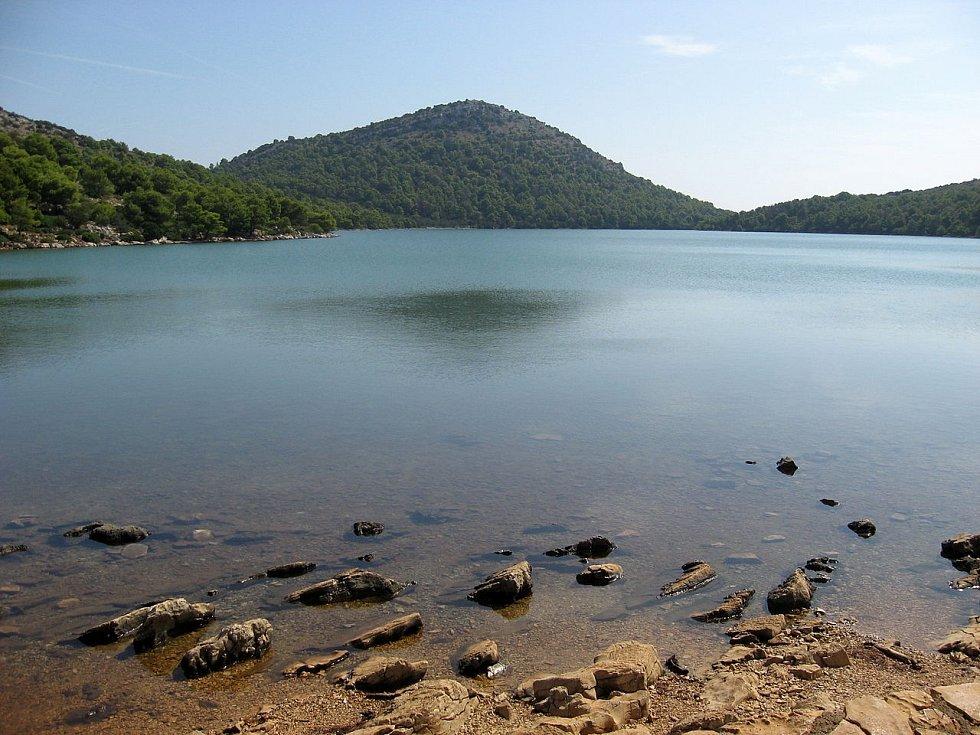 Slané jezero Mir