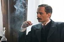 Jaroslav Plesl v jedné ze svých dalších skvělých hereckých kreací.