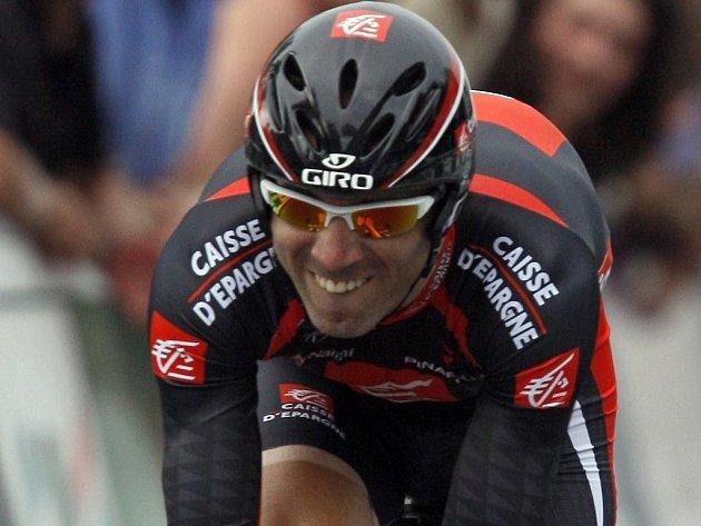 Španěl Alejandro Valverde vede průběžně cyklistický závod Dauphiné Libéré.