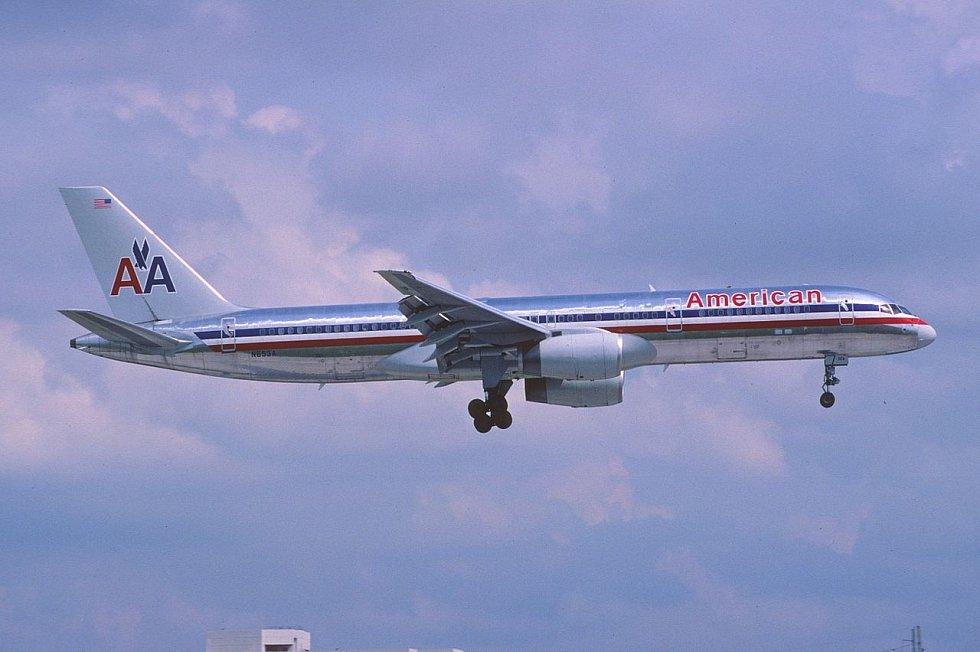 Boeing 757–223 společnosti American Airlines identický se strojem, který se zřítil