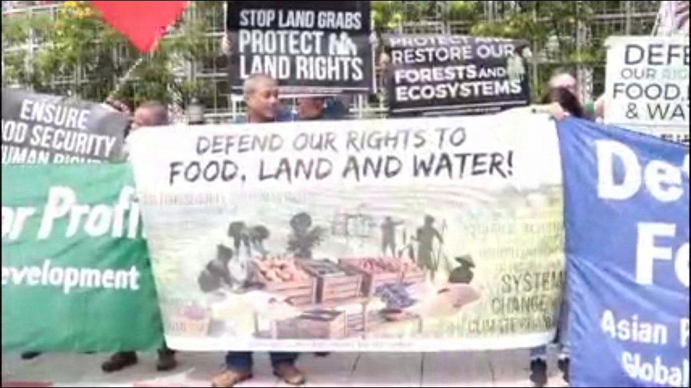 V Bangkoku protestují místní rybáři i přístavní dělníci kvůli klimatickým změnám