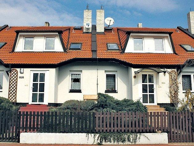 Vlastní bydlení. Sen o vlastnictví domu si plní stále více lidí. Většinou na dluh.