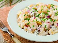 klasický salát s majonézou