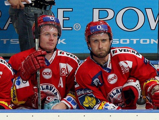 Opory. Na Michala Supa (vlevo) s Jaroslavem Bednářem slávisté hodně spoléhají.