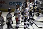 Hokejisté Vítkovic před finálovým zápasem s Třincem.