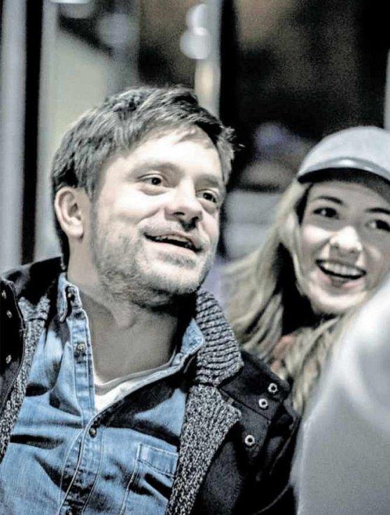 HRA. Jiří Mádl (na snímku s Elizavetou Maximovou).