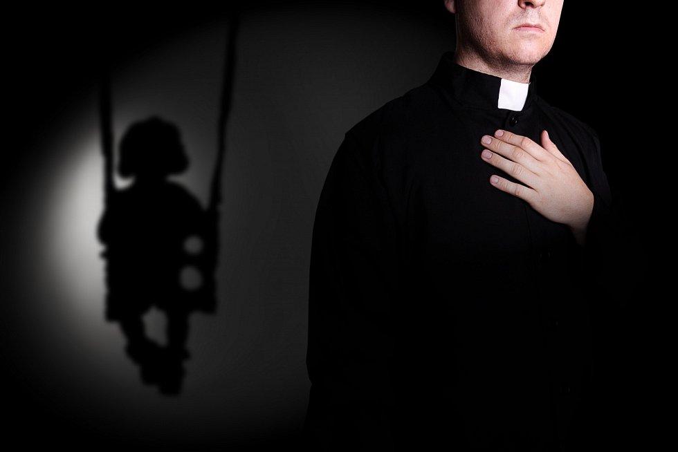 Zneužívání dětí kněžími.