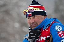 Trenér Miroslav Petrásek bude pokračovat u českých běžčů na lyžích i v příští sezoně.