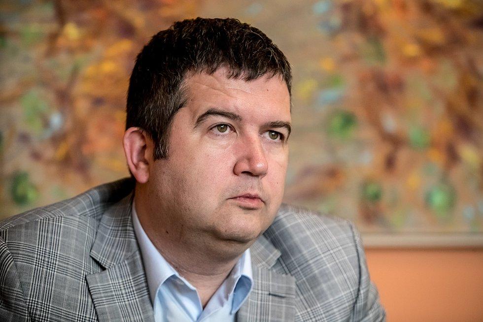 Jan Hamáček.