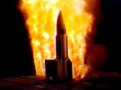 Zkušební start rakety námořního systému Aegis.