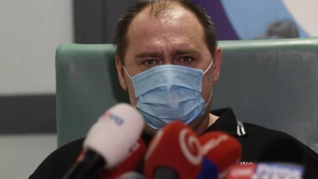 Robert Markovič, který jako první pacient v Česku dostal lék remdesivir při léčbě nemoci covid-19.