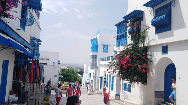 Tunisko: bezpečná dovolená a bez roušek