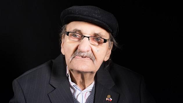 František Lederer v roce 2017 při natáčení pro Paměť národa