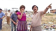 Pablo Escobar (v podání oscarového Javiera Bardema) patřil ve své době k nejmocnějším lidem planety. Dokázal prodávat drogy lépe než kdokoli jiný.