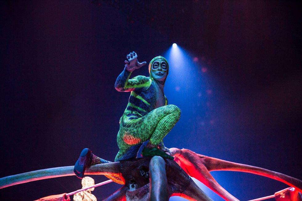 Kostýmy a rekvizity pro představení společnosti Cirque du Soleil jsou vytvářeny v kostýmní dílně v Montrealu, která je jediná svého druhu v Severní Americe