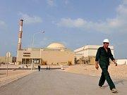 Jaderná elektrárna v íránském Búšehru.