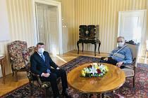 Prezident Miloš Zeman (vpravo) přijal 5. listopadu 2020 na zámku v Lánech předsedu vlády Andreje Babiše
