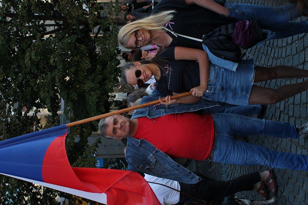 Demonstrace na Václavském náměstí v Praze u příležitosti výročí událostí z let 1968 a 1969