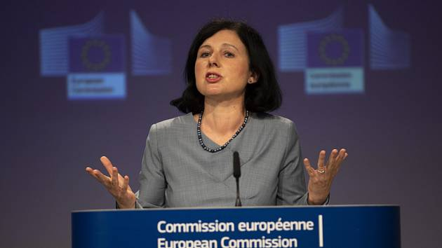 Místopředsedkyně Evropské komise Věra Jourová na snímku z 10. června 2020