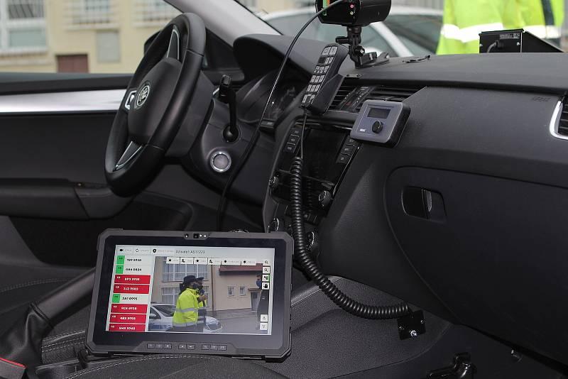 Systém Argos odhalí kromě neplatné dálniční známky i to, zda má auto platnou technickou, jestli je pojištěné, či je v registru dlužníků.